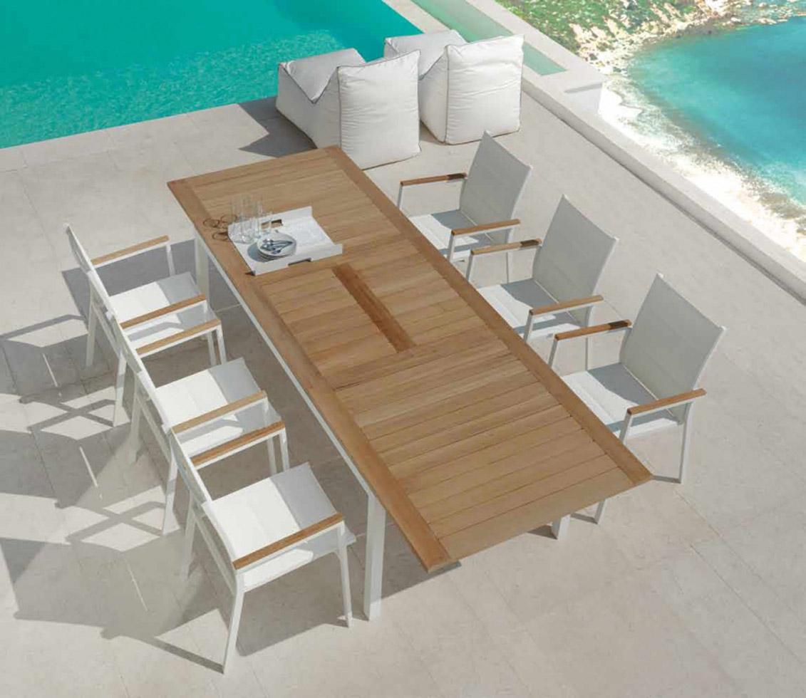 Τραπέζι-καρέκλα